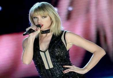 Lyric Video: Taylor Swift – Gorgeous