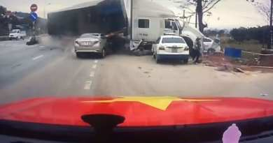 VIDEO: Accident spectaculos; cum a reușit o mamă să-și salveze fiul!